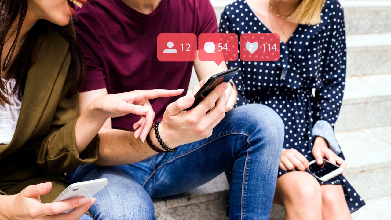 La Generación Z Conectados Con Las Redes Sociales